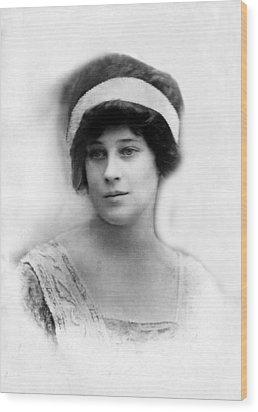 Madeleine Astor 1893-1940, Wife Of John Wood Print by Everett