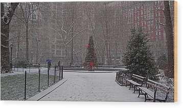 Madison Square Park In The Snow At Christmas Wood Print by Chris Lord