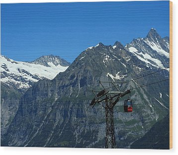 Maennlichen Gondola Calbleway, In The Background Mettenberg And Schreckhorn Wood Print by Ernst Dittmar