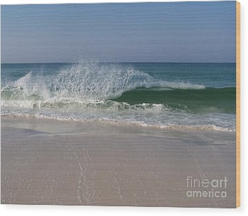 Magestic Wave Wood Print