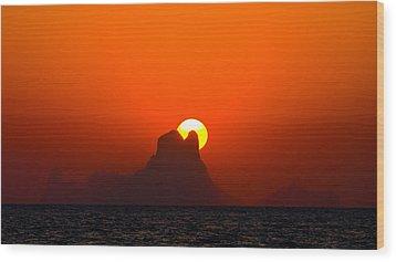 Magic Sunset Wood Print by Thomas Splietker