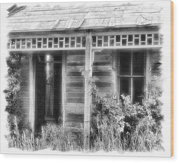 Wood Print featuring the photograph Maiden History 2 by Susan Kinney