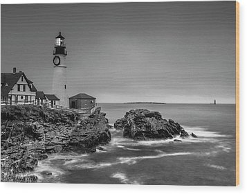 Maine Cape Elizabeth Lighthouse Aka Portland Headlight In Bw Wood Print