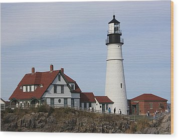 Maine Light House Wood Print by Sue Mayor