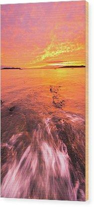 Maine Rocky Coastal Sunset At Kettle Cove Wood Print