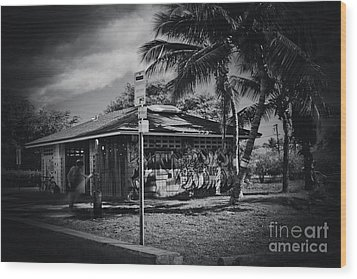 Wood Print featuring the photograph Mala Wharf Showers Lahaina Maui Hawaii by Sharon Mau