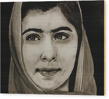Malala Yousafzai- Teen Hero Wood Print
