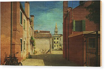 Malamocco Perspective No3 Wood Print by Anne Kotan
