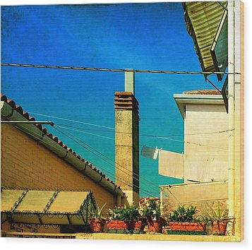 Wood Print featuring the photograph Malamoccoskyline No1 by Anne Kotan
