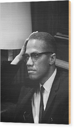 Malcolm X, Malcolm X Waits At Martin Wood Print by Everett