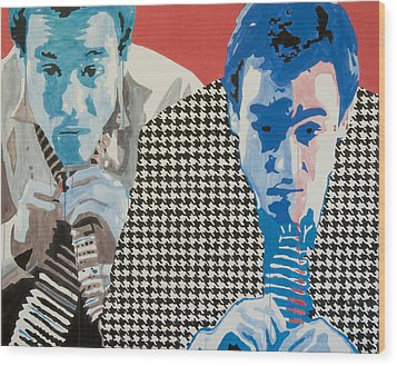 Man In A Houndstooth Suit Wood Print by Pete Nawara