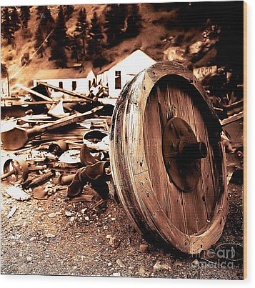 Man Inventid The Wheel Wood Print