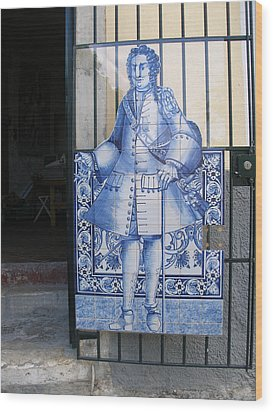 Man Of Blue Tiles Wood Print by Carl Purcell