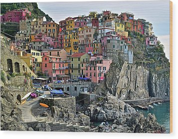 Wood Print featuring the photograph Manarola Cinque Terre Italy by Frozen in Time Fine Art Photography