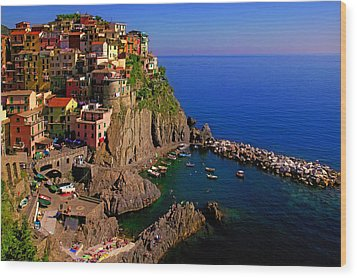 Manarola Crossing Wood Print