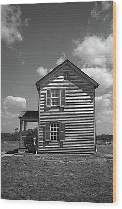 Wood Print featuring the photograph Manassas Civil War Battlefield Farmhouse Bw by Frank Romeo