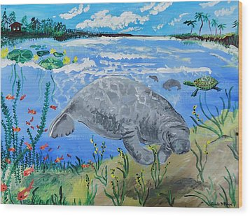 manatee in the Lagoon Wood Print by Renate Pampel