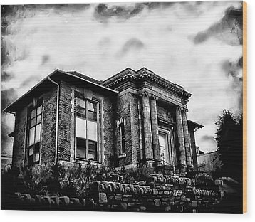 Manayunk Branch Of The Free Library Of Philadelphia Wood Print by Bill Cannon