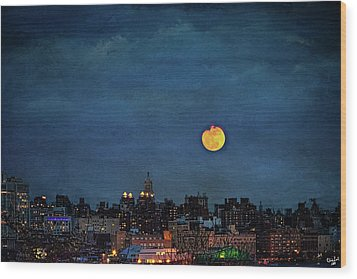 Manhattan Moonrise Wood Print by Chris Lord