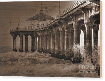 Manhattan Pier Splash Wood Print