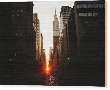 Manhattanhenge Sunset Over The Heart Of New York City Wood Print by Vivienne Gucwa