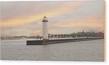 Manistee North Pierhead Lighthouse Wood Print