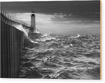 Wood Print featuring the photograph Manistee Pierhead Lighthouse by Fran Riley