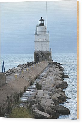 Manitowoc Breakwater Lighthouse  Wood Print by Keith Stokes