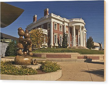 Mansion Hunter Museum Wood Print by Tom and Pat Cory