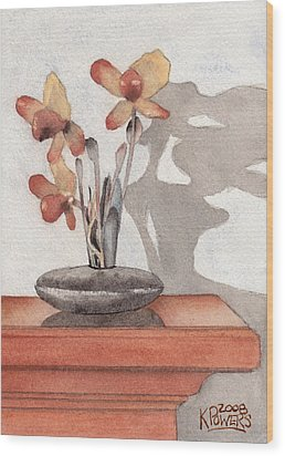 Mantel Flowers Wood Print