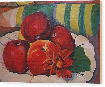 Manzanas Wood Print by Diana Moya