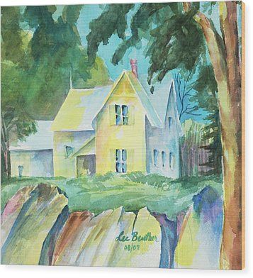 Marblehead Cottage Wood Print by Lee Beuther