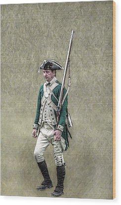 Marching Loyalist Soldier Revolutionary War Wood Print by Randy Steele
