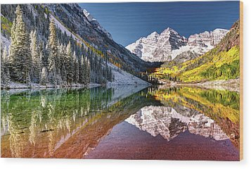Maroon Bells At Dawn Wood Print
