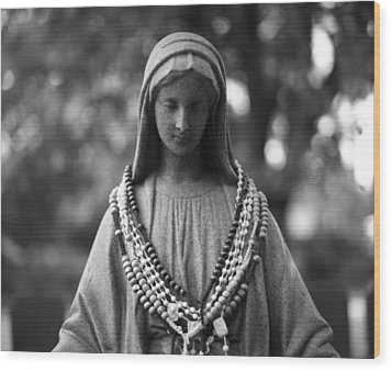 Mary With Rosaries Wood Print