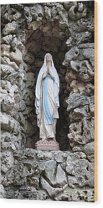 Marys Prayer Wood Print