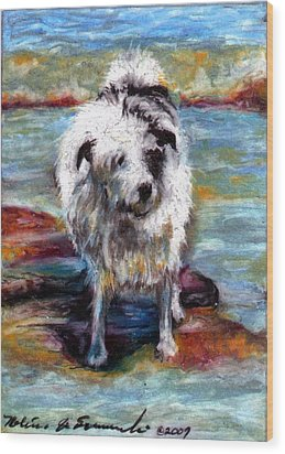 Maui On The Beach Wood Print by Melissa J Szymanski