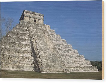 Mayan Ruins At Chichen Itza, Kukulcans Pyramid, Yucatan, Mexico Wood Print by Tom Brakefield