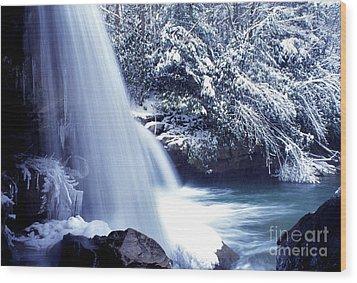 Mccoy Falls In January Wood Print by Thomas R Fletcher