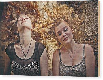 Medusae Wood Print by Loriental Photography