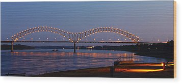 Memphis - I-40 Bridge Over The Mississippi 2 Wood Print by Barry Jones