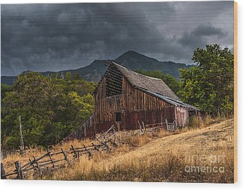 Mendon Utah Barn In Storm Wood Print by Gary Whitton