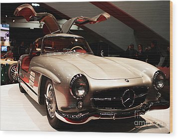 Mercedes 300sl Gullwing . Front Angle Wood Print by Wingsdomain Art and Photography