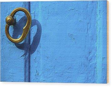Metal Knob Blue Door Wood Print by Prakash Ghai
