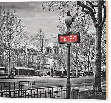 Metro Pont Marie 8x10 Wood Print