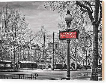 Metro Pont Marie Wood Print by Delphimages Photo Creations