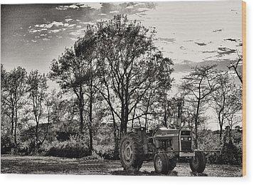 Mf 285 Tractor Wood Print