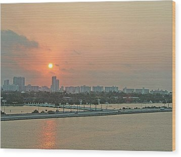 Wood Print featuring the photograph Miami Sunrise by Gary Wonning