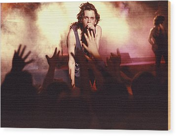 Michael Hutchence And Inxs 1985 Wood Print by Sean Davey