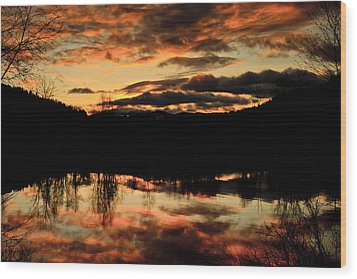 Midwinter Sunrise Wood Print